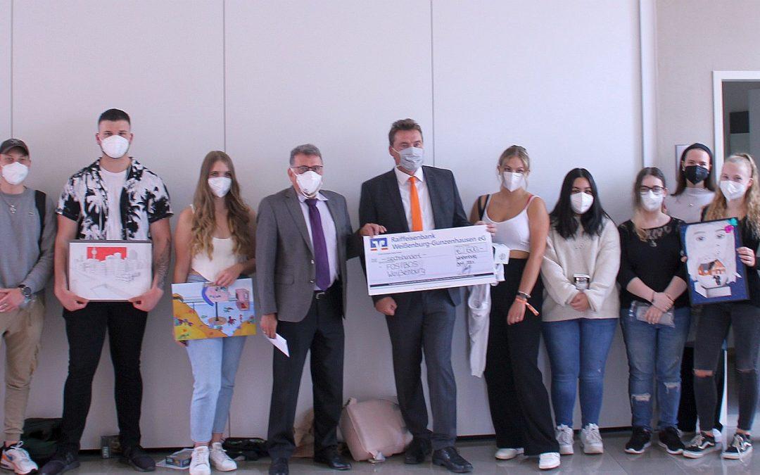 FOSBOS-Schüler erfolgreich beim 51. Jugendwettbewerb der Raiffeisenbank